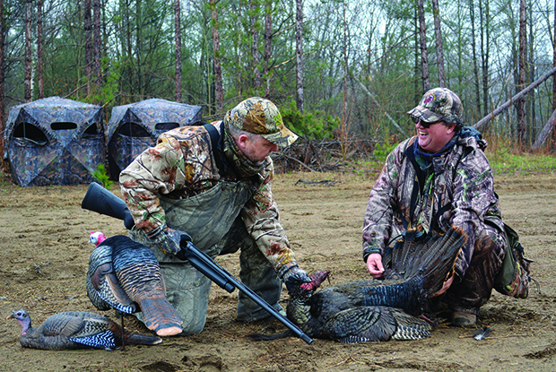 Managing Editor Ray Blades, left, with guide Brian Sheppard with a tom.