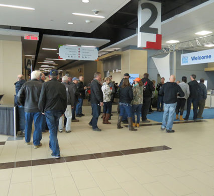 ottawa boat show - crowd